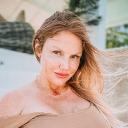 Data Mania Llc logo icon