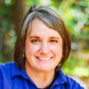 Debi Stangeland logo icon