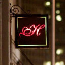 Harlot logo icon