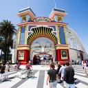 Luna Park Melbourne logo