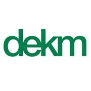 D E K M logo